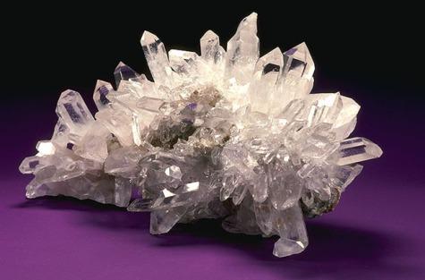 USDA_Mineral_Quartz_Crystal_93c3951.jpg